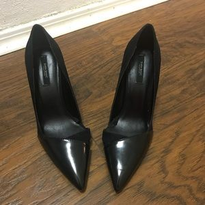 ZARA Basic collection black side and leather pumps